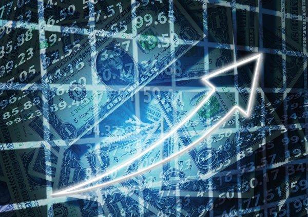 通过这三只股票从几种看似不可阻挡的趋势中获利