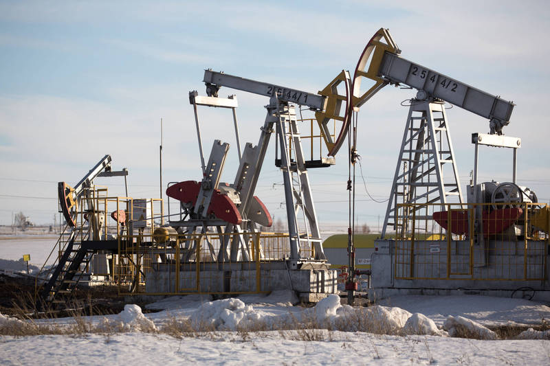 国际油价小幅上涨 但本周周线收低